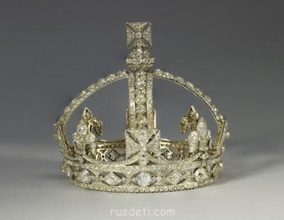 Великобритания - 3Victorias-Small-Diamond-Crown.jpg